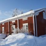 Talvikuva talosta